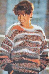 pulover-s-svetnimi-uchastkami