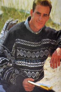 mujskoy-pulover-s-ornamentom