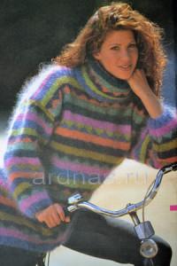 moheroviy-pulover-v-polosku